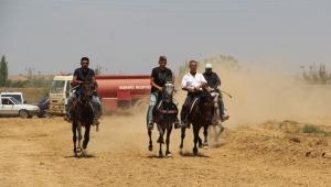 Geleneksel Rahvan At yarışları gerçekleştirildi