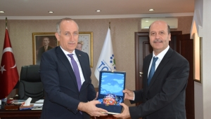 Başkan Bozkurt'tan Toki Başkanı Ömer Bulut'a Ziyaret