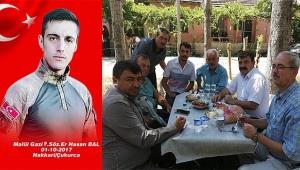 Başkan Sarı' Gazi Hasan Bal'ın mevlit yemeğine katıldı