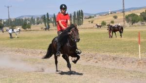 Frig Vadileri Rahvan At Yarışları Yapıldı