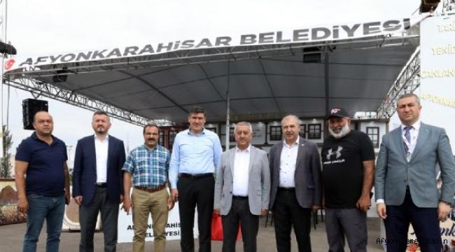 BAŞKAN ZEYBEK FESTİVAL ALANINDA