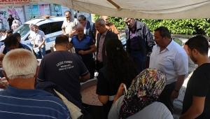 Dinar'da Aşure Dağıtımı Yapıldı