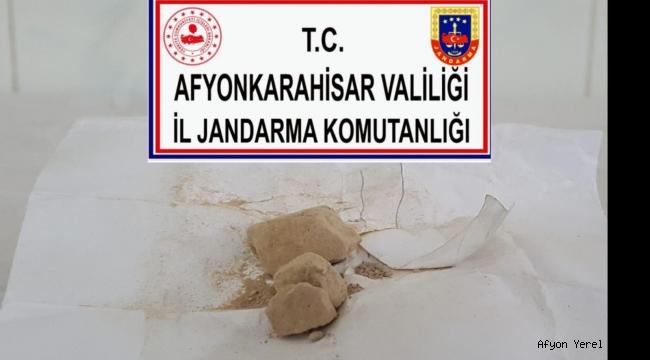 JANDARMA EROİN MADDESİ ELE GEÇİRDİ..