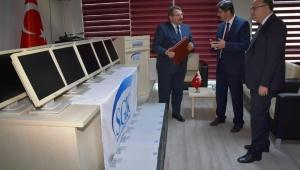 SGK'nın İhtiyaç Fazlası Bilgisayarları İl Milli Eğitim Müdürlüğü'ne Devredildi..