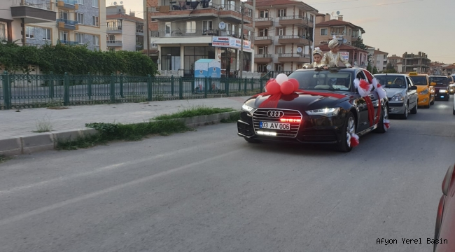 Yurdunuseven'in makam aracı sünnet arabası oldu