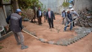 Başkan Barutcu beldeyi yeniden inşa ediyor