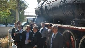 Dinar'da Göller Ekspresi Seferlerine Tren İstasyonu Hazır