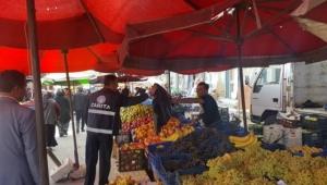 Emirdağ'da Pazarcı Esnafa Çöp Poşeti Uygulaması