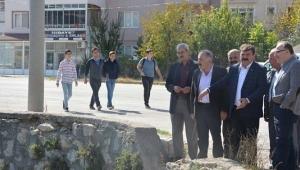 Vali Tutulmaz Menderes Nehri Islah Projesini yerinde inceledi