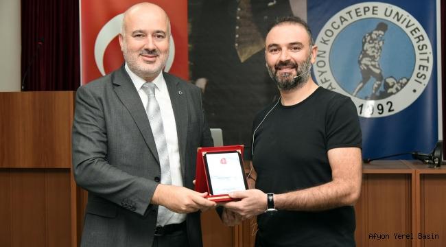 """VETERİNER FAKÜLTESİNDE """"MESLEKİ PAYLAŞIM GÜNLERİ"""" BAŞLADI"""