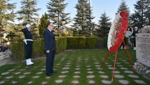 10 Kasım Dolayısıyla Atatürk Anıtı'na Çelenkler Sunuldu