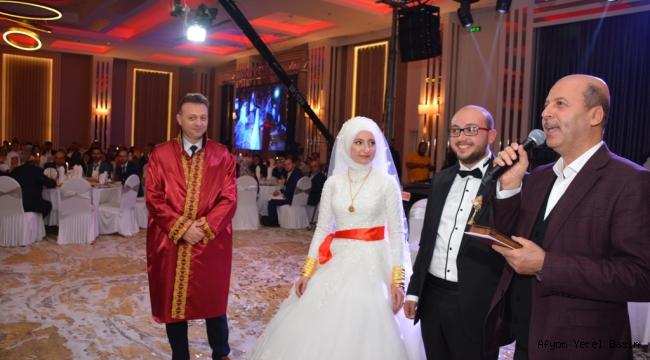 Başkan Bozkurt Aktepe Çiftinin Nikah Şahidi Oldu.