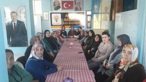 BAŞMAKÇI'DA AK KADINLAR TOPLANTIDA BİR ARAYA GELDİ..