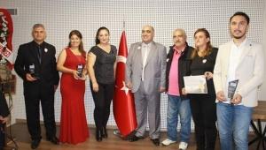 Şehriban Tekçe Kaya Haber Ajansı tarafından ödül aldı..