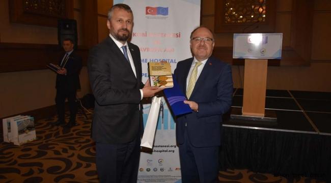 Vali Mustafa Tutulmaz KOBİ Hastanesi ve Avrupa Ağı Projesi Toplantısına Katıldı