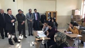 Dinar Kaymakamı Selami Kapankaya Okulları Ziyaret Ediyor