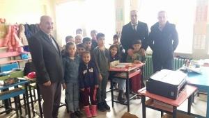 Dinar'lı Hemşerimizden Kayseri Sarız'a Eğitim Yardımı