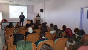 Kadın Sağlığı Eğitimi Projesi, İlçe Sorumlularına Tanıtıldı