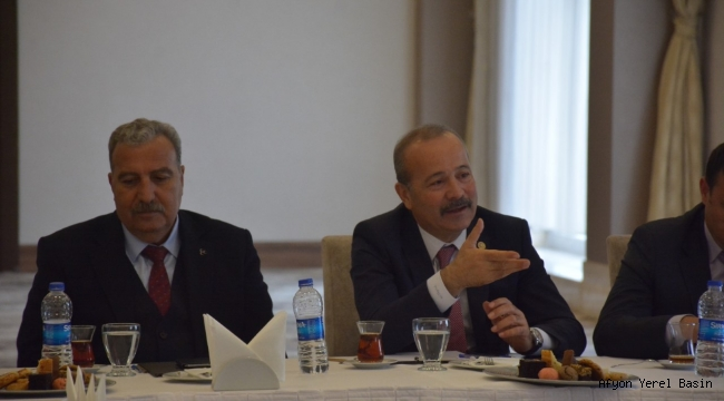 Milletvekili Taytak ilçe başkanları ile buluştu