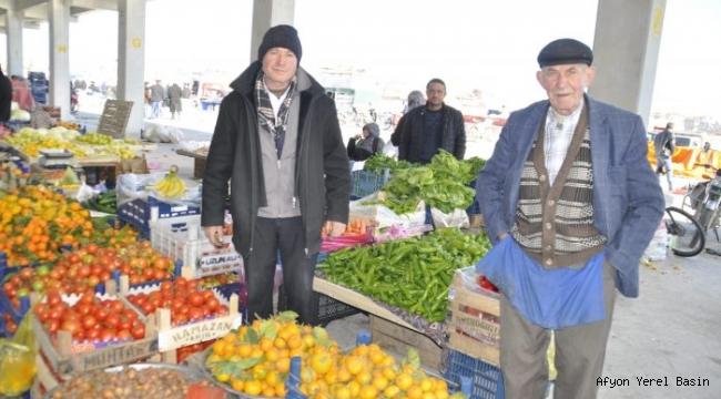 Şuhut'a Kazandırılan Kapalı Pazar Yeri İçin Esnaflardan Başkan Bozkurt'a Teşekkür