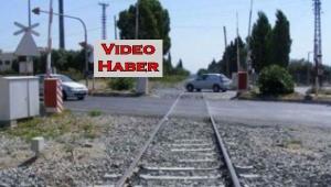 Tren bariyerini söken şöföre soruşturma açıldı..!!