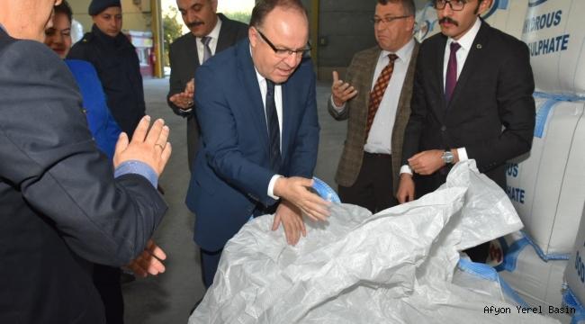 Vali Mustafa Tutulmaz Evciler'de Ziyaretler Gerçekleştirdi