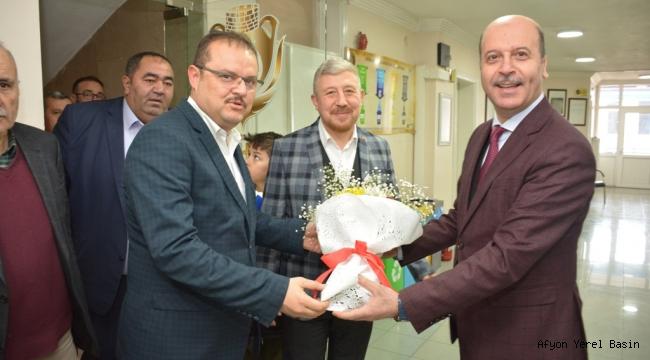 Abdurrahman Öz'den Şuhut Belediyesine Ziyaret
