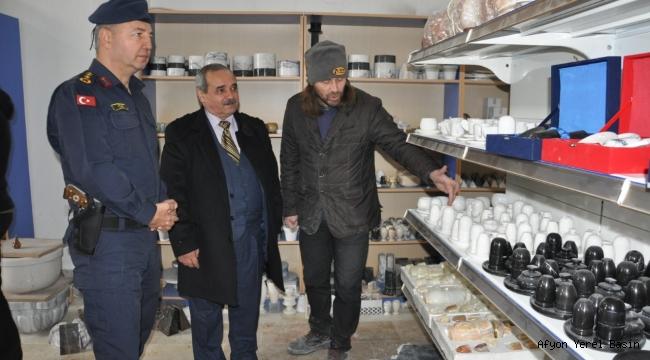 İl Jandarma Komutanı Hamza Çömez, Mermerin Başkentini Ziyaret Etti