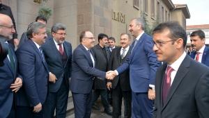 Adalet Bakanı Gül Vali Mustafa Tutulmaz'ı Ziyaret Etti