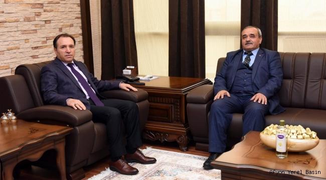 Başkan Şahin, Rektör Karakaş'ı Ziyaret Ett