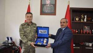 Başkan Şahin, Tuğgeneral Osman Alp'i Ziyaret Etti