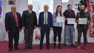 Vali Mustafa Tutulmaz CNC Eğitimi Alan Kursiyerlere Sertifikalarını Verdi