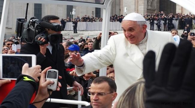 Papa Francis 60 bin Euro bağışladı