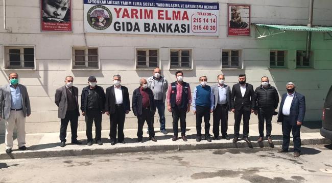MUHTARLARDAN YARIM ELMA DERNEĞİNE TEŞEKKÜR ZİYARETİ..