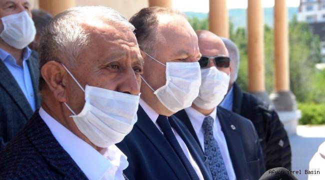 PAŞA CAMİİ'NDE İLK CUMA NAMAZI..