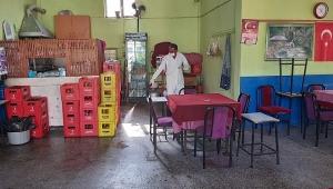 Dinar İlçesinde Kahvehaneler dezenfekte edildi