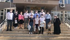 Adem Öztürk LGS Sınavında Dereceye Giren Öğrencileri Ödüllendirdi.