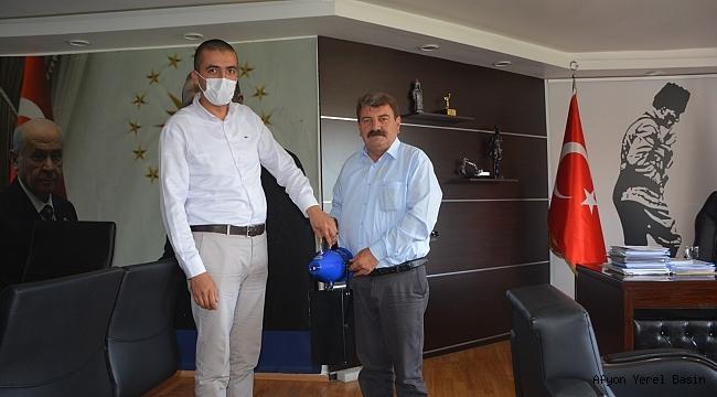 Dinar Belediyesi 'nden 112 Acil Servislerine İlaçlama Makinesi