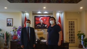 Gazeteci Nejdet Özkan Emirdağ Kaymakamı Osman Bilici'yi makamında ziyaret etti.