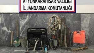 KAÇAK KAZI YAPAN YERALTI HIRSIZLARINA SUÇ ÜSTÜ..