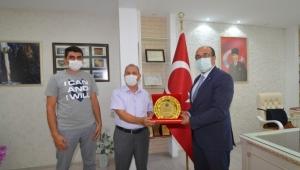 Hayırsever Vatandaş Mehmet Bozkurt'tan Sandıklı Hastanesine Destek.