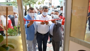 Çay Belediye Başkanı Dr. Hüseyin Atlı İşyeri Açılışına Katıldı