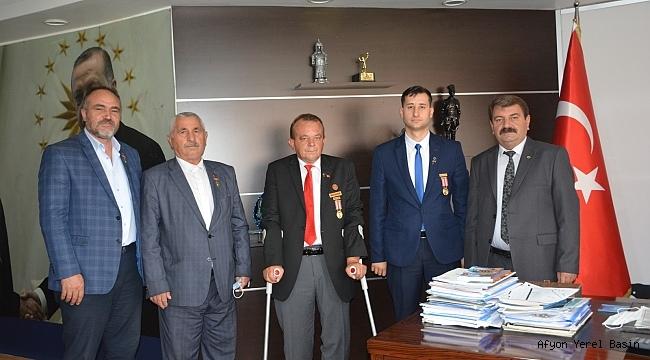Türkiye Harp Malulü Gaziler Şehit, Dul ve Yetimleri Derneği'den Başkan Sarı'ya Ziyaret