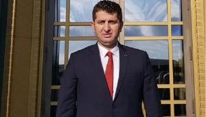 BAŞKAN MUAMMER IŞIKLI'YA MAKAM ODASINDA SALDIRI..!!