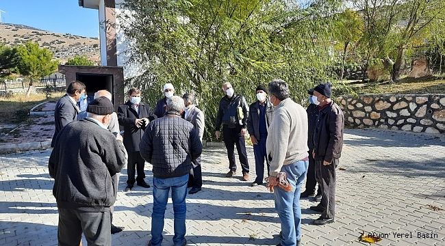 Başkan Sarı TOKİ Şehitler Camisinde incelemelerde bulundu