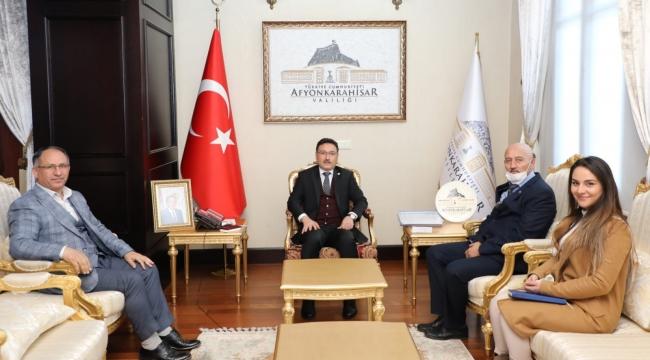 EGE TV'DEN VALİ GÖKMEN ÇİÇEK'E ZİYARET..