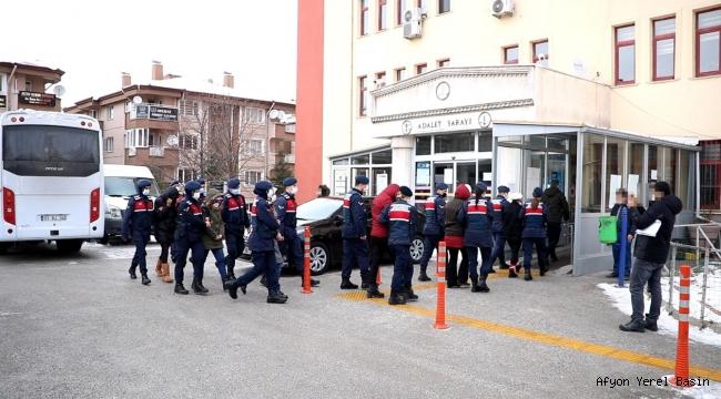 JANDARMA ORGANİZE SUÇ ÖRGÜTÜNÜ ÇÖKERTTİ..