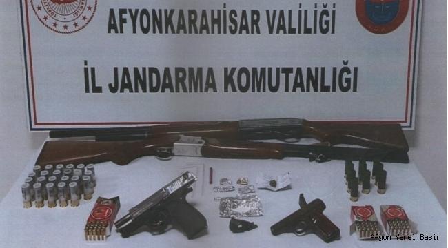 KOZLUCA KÖYÜNDE 2 KİŞİ GÖZALTINA ALINDI..