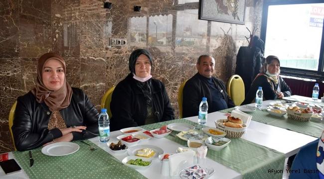 Başkan Şahin, Kadın Personeli İle Kahvaltıda Bir Araya Geldi