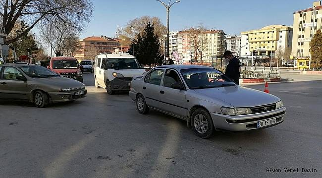 Afyon'da sokağa çıkma kısıtlamasını ihlal edenlere ceza kesildi